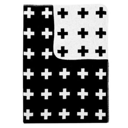 PiaWallenLargeCrossBlanket-2